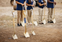 Image of students holding shovels at the Merced 2020 Project groundbreaking ceremony.